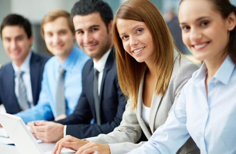 студенты на занятии в Канаде eurostudy